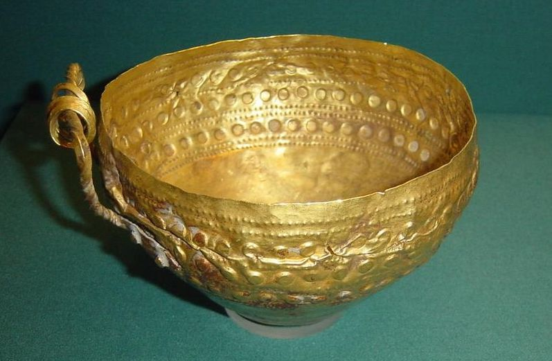 Ancient Gold Bowl Goldsmith