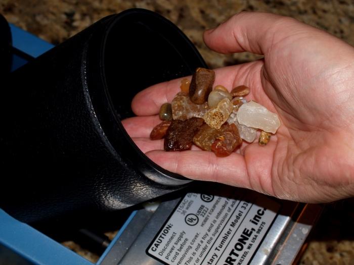 rock tumbler agates