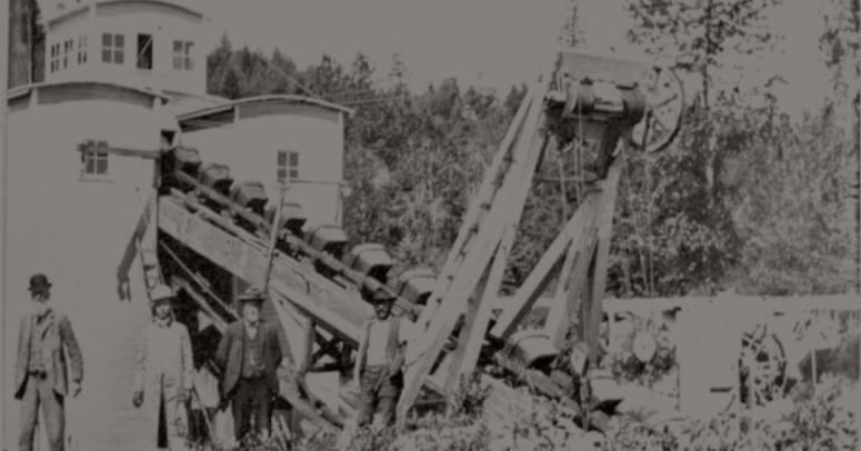 Takilma Oregon Gold Dredging