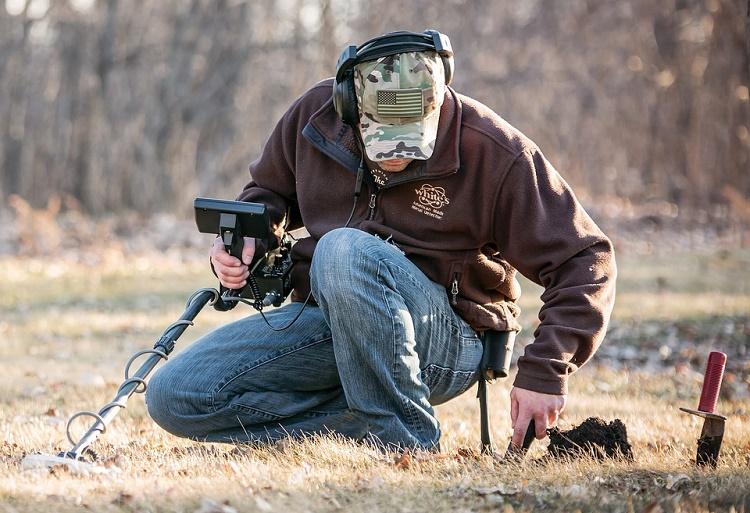 Metal Detecting in Michigan