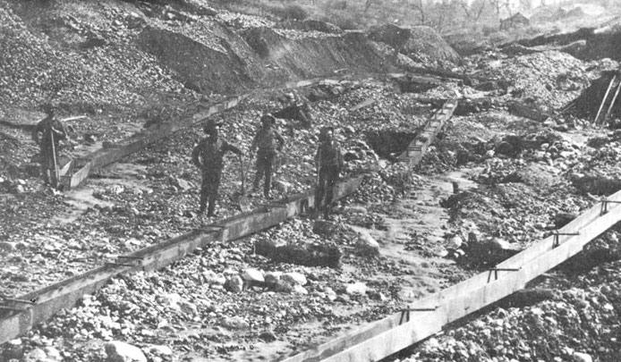 history gold mining
