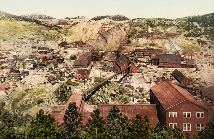 Largest gold mine in US