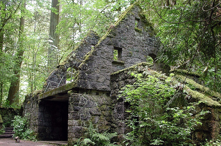 5 Old Ghost Towns In New Hampshire Worth Exploring